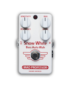 Snow-White-Bass-Auto-Wah-Hand-Wired-Front-Mad-Professor-Amplification